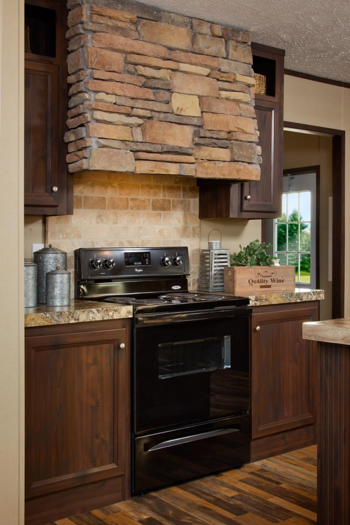 Clayton_Savannah_The-Robertson_FAC28723R_Rangehood_0233-1